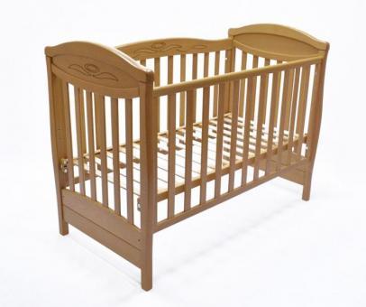 Babybett aus massivem Buchenholz. Sonderangebot - mit Zustellung. Preissturz.